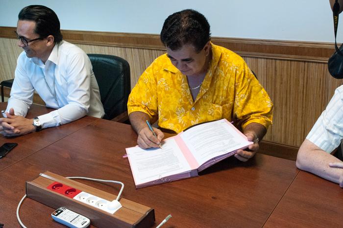 Signature-Convention-de-partenariat-avec-la-CCISM-01