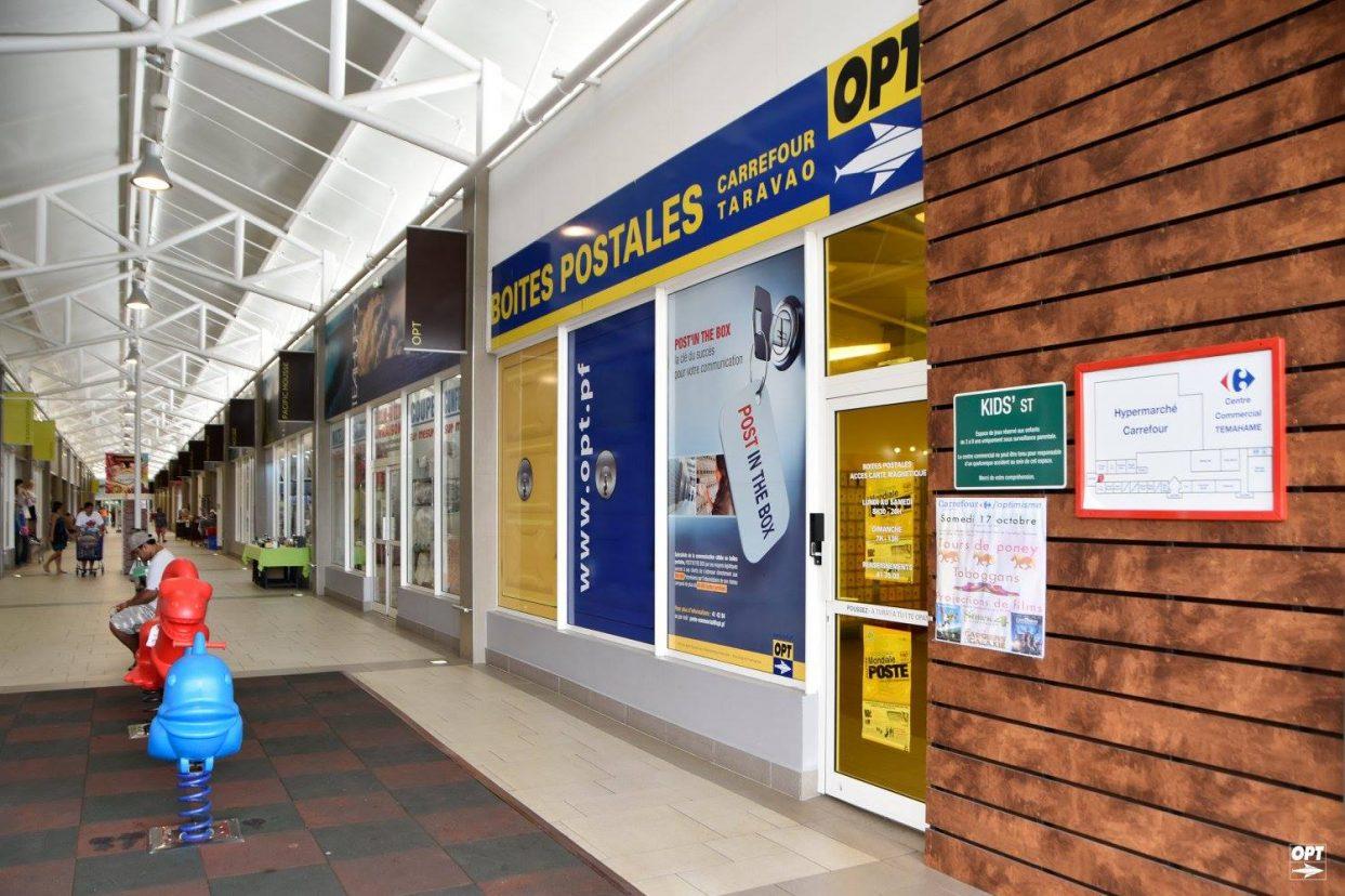 Espace Boîtes postales et concept de boutique éphémère dans la galerie commerciale de CARREFOUR TARAVAO
