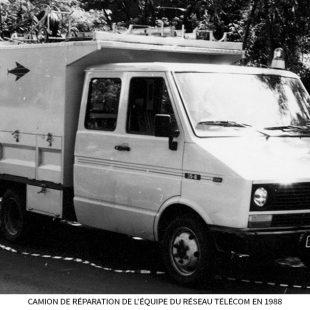 Camion-de-réparation-de-léquipe-du-Réseau-télécom-en-1988.jpg