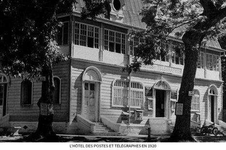 LHôtel-des-Postes-et-Télégraphes-en-1920.jpg