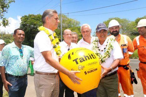 Le câble  ,  (Manatua – le câble transpolynésien) prêt à être en service