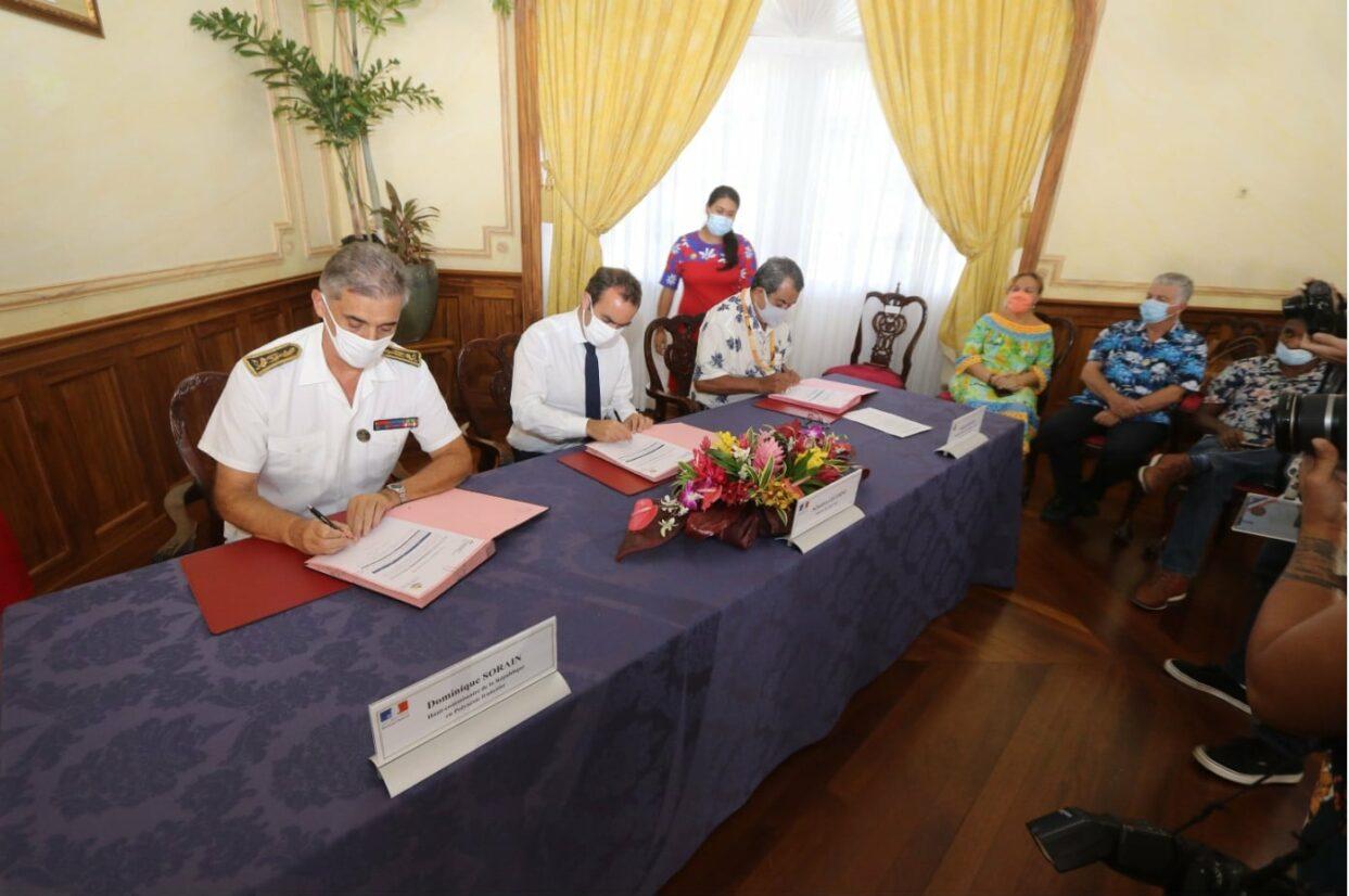 Signature de convention relative au FEI